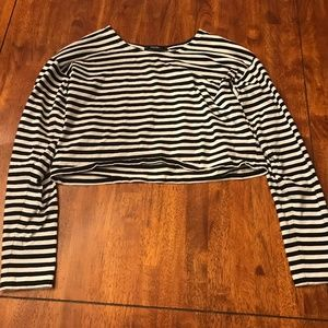 Forever 21 Black and White Stripped Crop Top